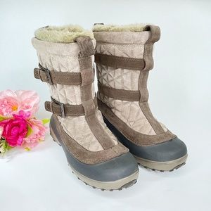 Columbia Flurry Brown Omni Heat Boots Size 8
